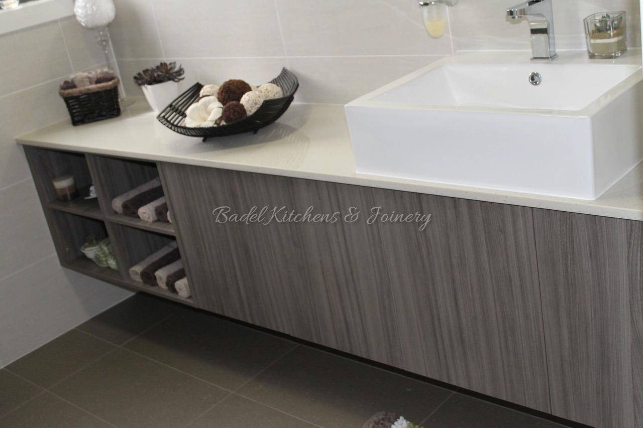 Corian benchtops sink