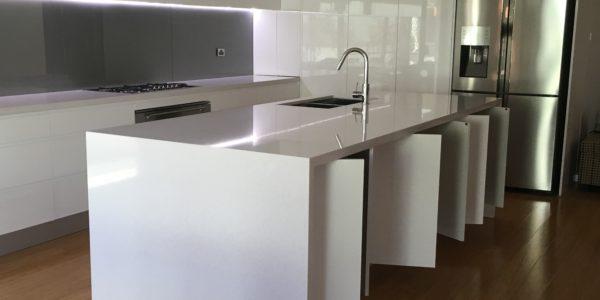 glenmore park minimalist kitchen island