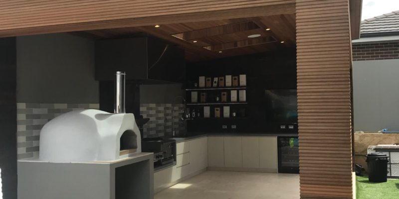 Hoxton Park contemporary outdoor bbq kitchen